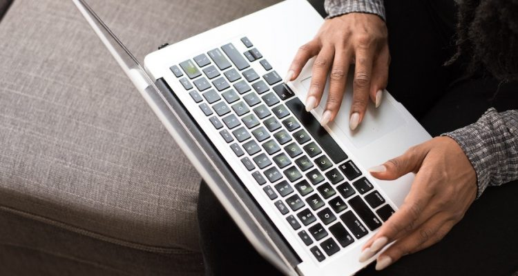 Contacting Your Lawmakers Online