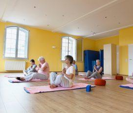 Yoga for Bone Health – Senior 55+